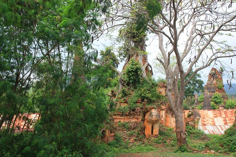 Индейн пагоды в Мьянме