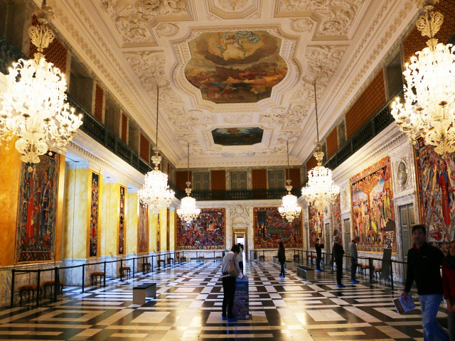 palatul christiansborg copenhaga 4