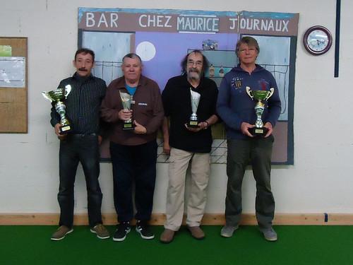 14/11/2015 - Saint Martin des Champs : Les finalistes du concours de boules plombées en doublettes mêlées