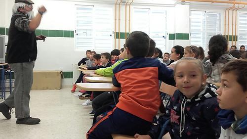 Castañero en el colegio