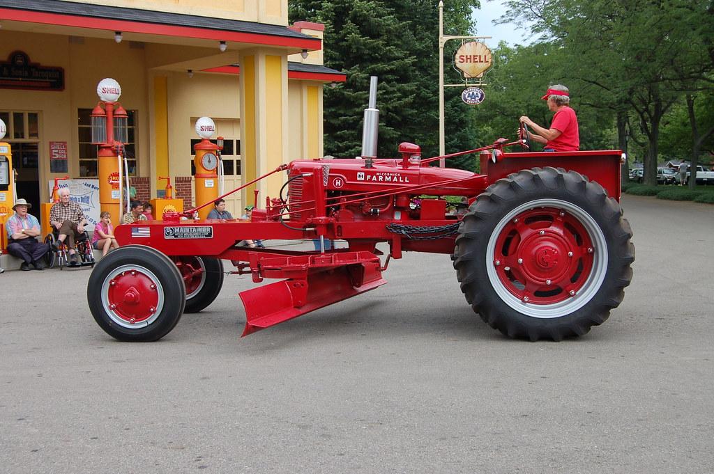 Kv Tractor Show 2006 Farmall Road Grader Conversion Flickr