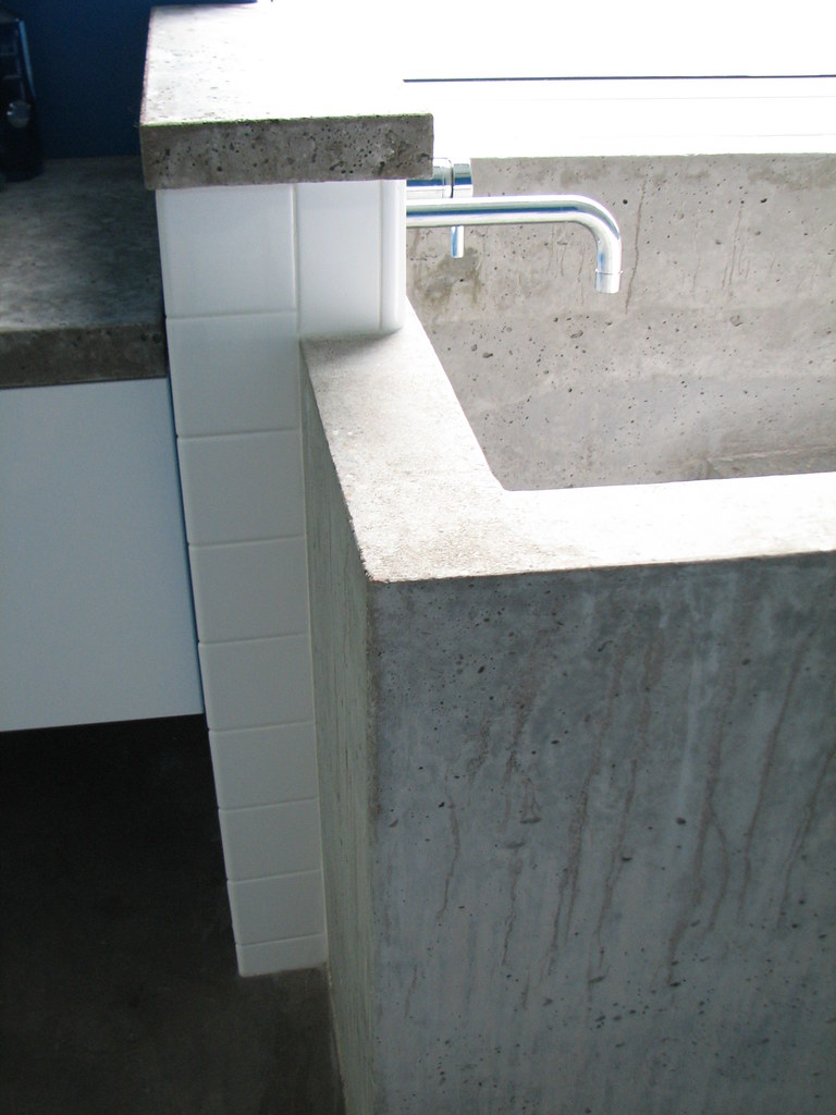 concrete ofuro | the rebuilt plumbing wall was framed to ext… | flickr, Badezimmer ideen