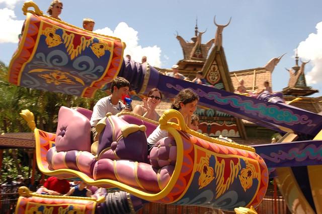 Aladdin magic carpet ride adventurland julie flickr for Aladdin carpet ride scene