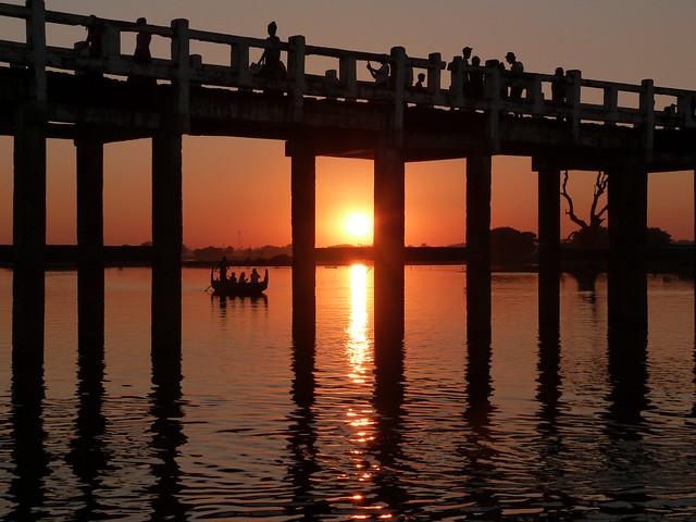 Puente de U Bein en Amarapura (Myanmar)