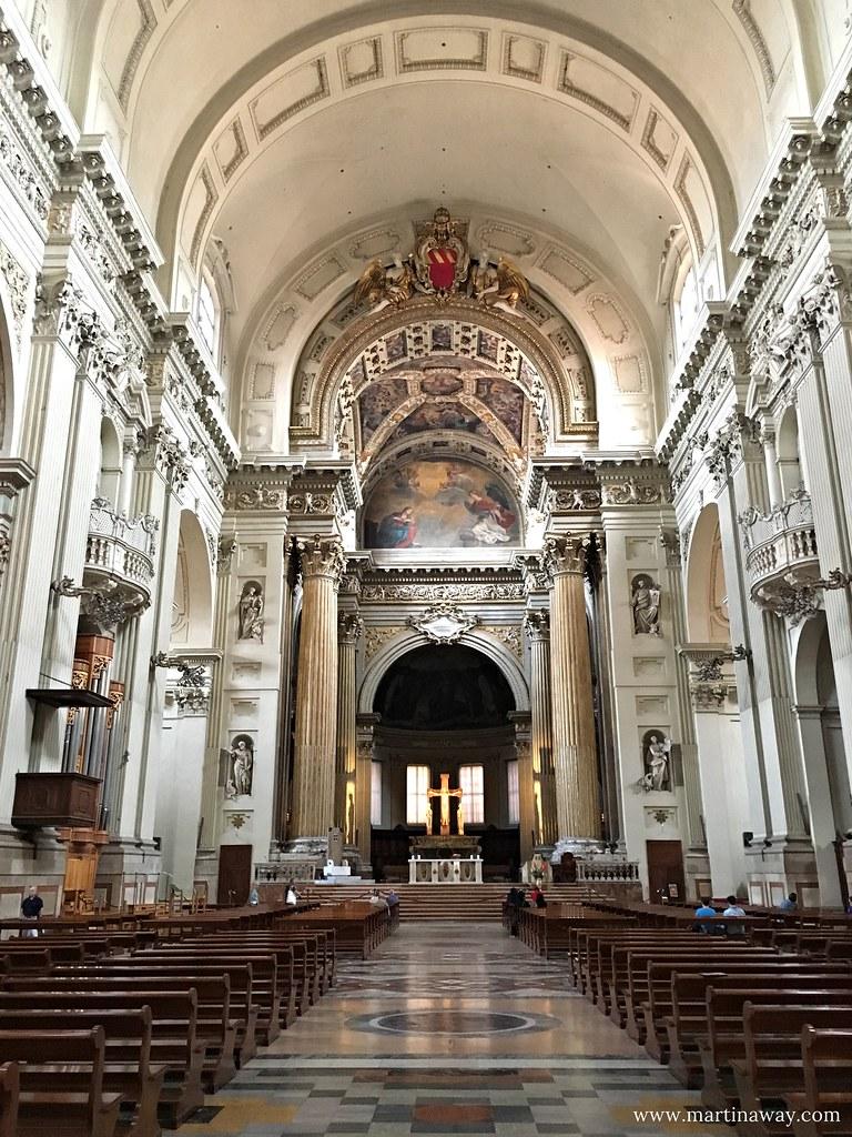 Bologna Dall 39 Alto La Cattedrale Di San Pietro Martinaway