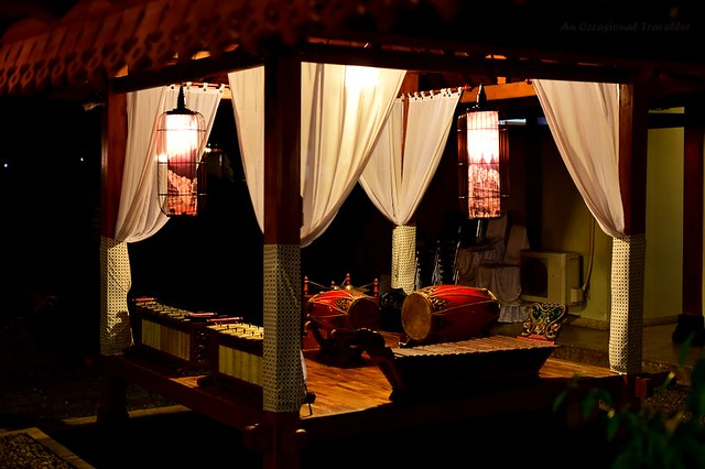 The stage for traditional Indonesian music in the restaurant