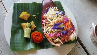 Blue Lagoon Cooking School pad Thai