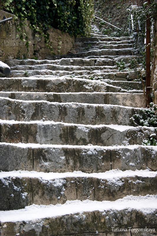 Лестница к крепости Канли Кула