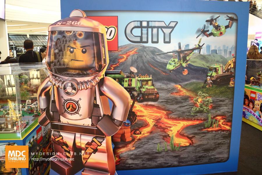 LEGO-2017-12