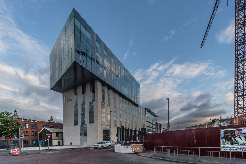 ULTRA WIDE ANGLE VIEW OF THE UNIVERSITY OF ULSTER BELFAST CAMPUS [ YORK STREET ]-125079