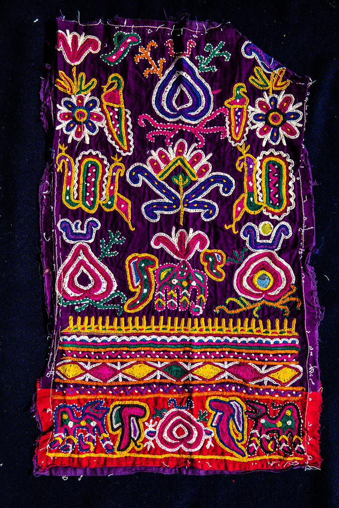 Kutch Hand Embroidery Kutch Embroidery Is An Evolving Expr Flickr