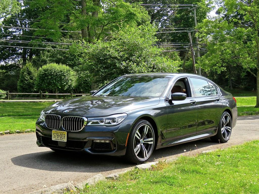 BMW G11 750i 3