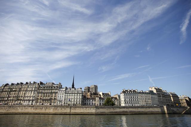 Paris, île Saint Louis from the Seine
