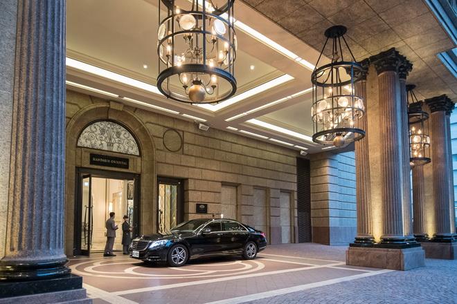 好萊塢當紅影星蜜拉·喬娃維琪來台宣傳《惡靈古堡:最終章》,台灣賓士派出豪華座駕 Mercedes-Benz S 400 L全程禮遇。