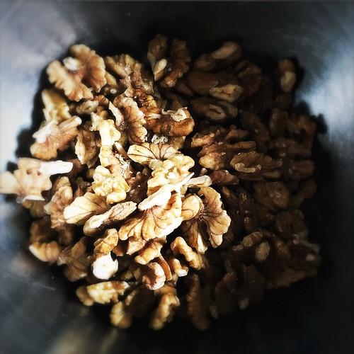 Chinese, recipe, Candied Walnuts, candy walnut, caramel walnut, sugar walnut,  琥珀核桃, snack, dessert, chinese new year