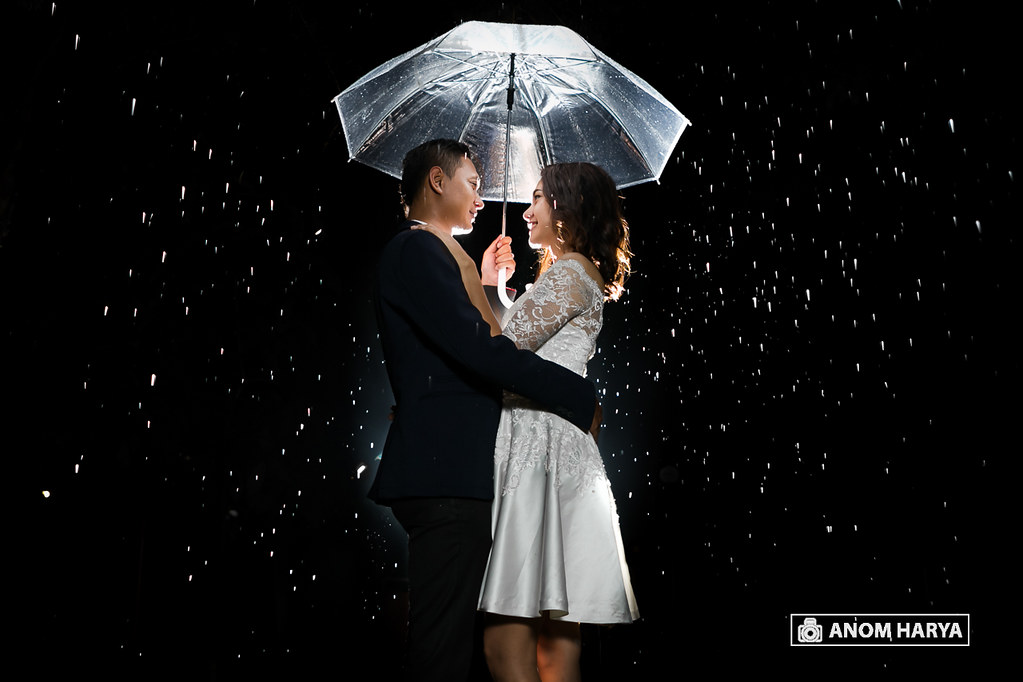 Strobist & Night Prewedding