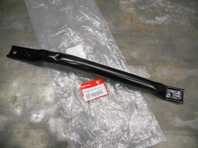 97-01 GENUINE HONDA CR-V PASSENGER SIDE FUEL TANK REAR FRAME BRACE 74600-S10-010 | eBay