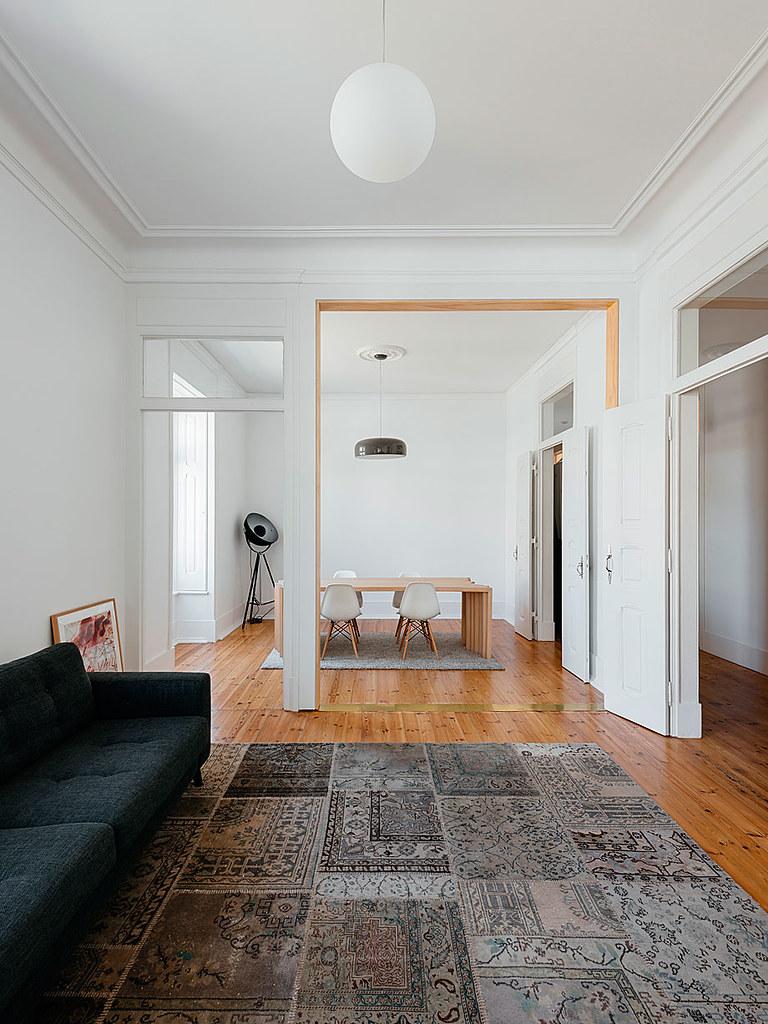 Classic apartment interior in the Lisbon Sundeno_10