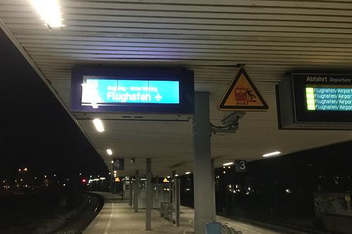 00 - S8 zum Flughafen München