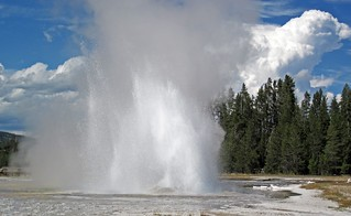 Daisy Geyser eruption (3:23-3:27 PM, 14 August 2015) 1 | by James St. John