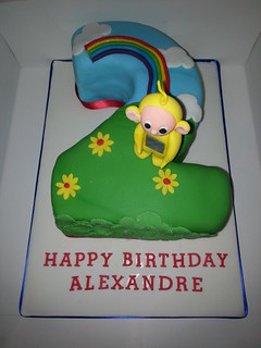 Number 2 birthday cake with Laa La tellytubbie | by platypus1974