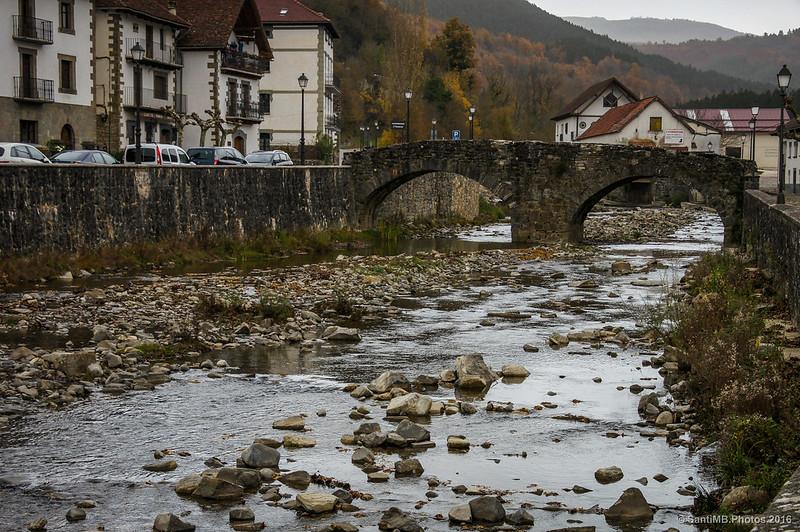 El Anduña y el Puente de Piedra de Ochagavía