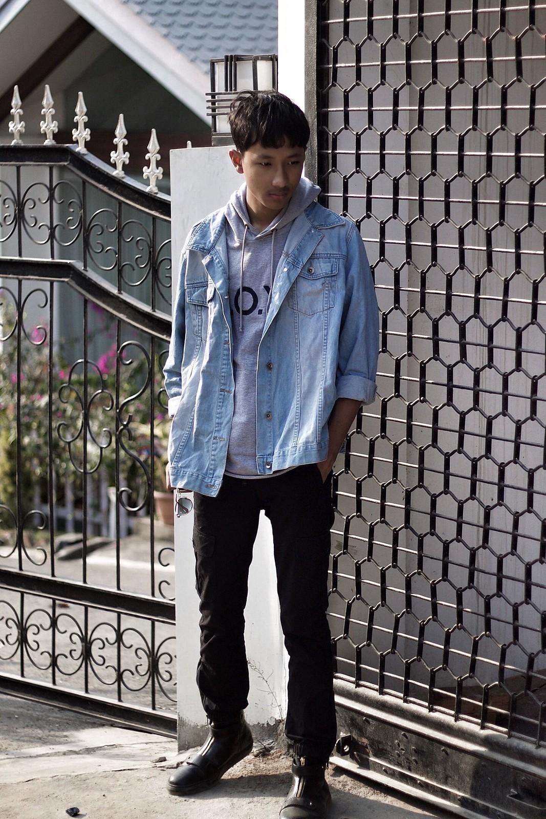 Koovs Sweatshirt hoodie, Asos menswear oversized denim jacket & black pants.