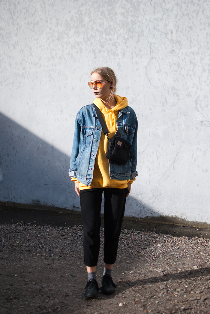 yellow-hoodie_zwillingsnaht_09