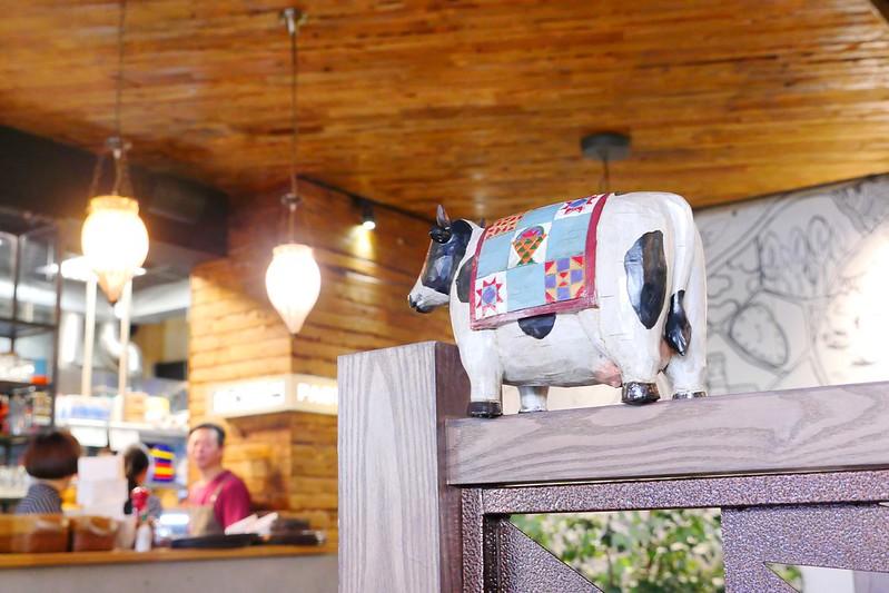 33013273325 f19c0069d6 c - 【熱血採訪】默爾義大利餐廳:漂亮歐風裝潢義式餐酒館 想吃義大利麵 燉飯 披薩 啤酒或焗烤通通有!