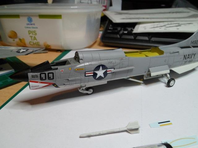 Pas-à-pas : Vought F-8E Crusader [Academy 1/72] - Page 3 31442220941_770cfeb1ab_o