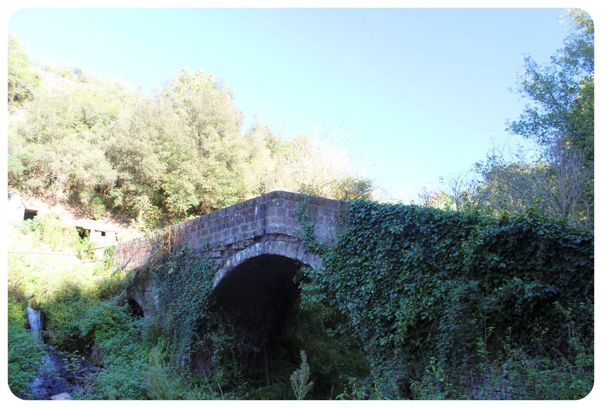 via amerina bridge
