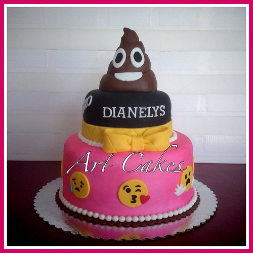 Cake Emoji Art : Emoji Birthday Cake Nora Rexach Flickr