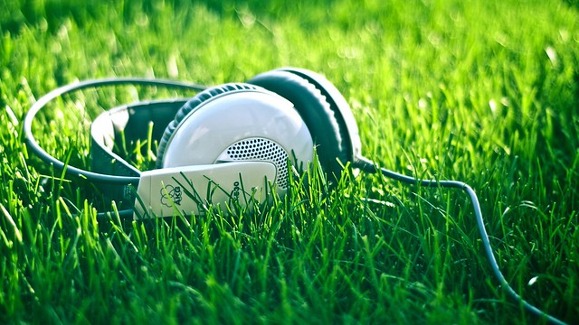 Music-And-Nature-HD-Wallpaper