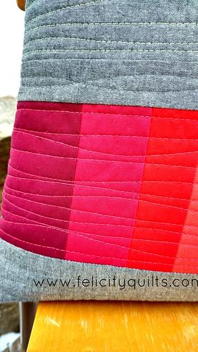 Rainbow gradient pillow - quilting