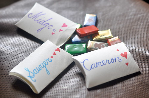 Pillow Boxes with Candy