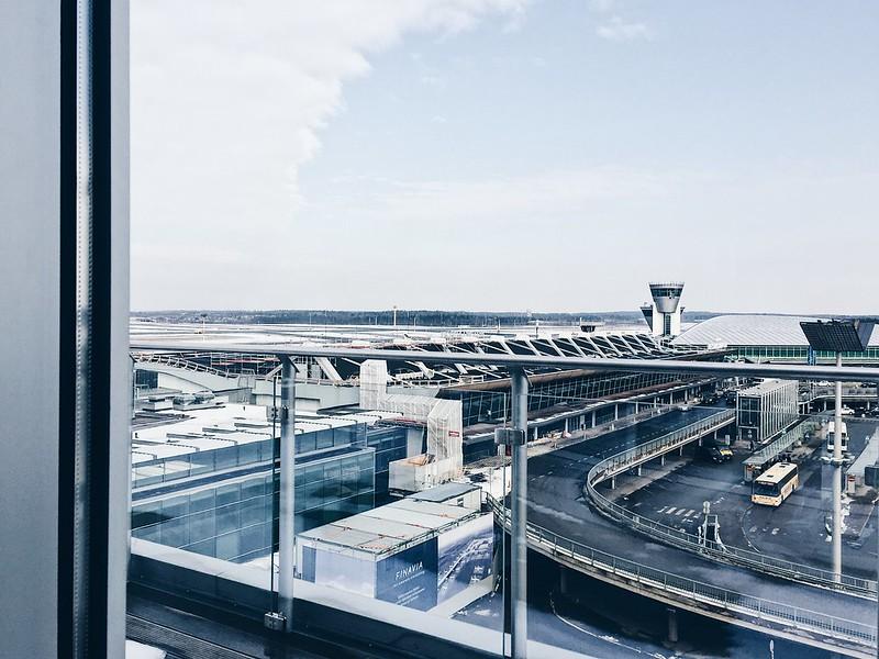 AirportHelsinkiVantaaFinland, suomi, helsinki-vantaa, lentokenttä, airport, työ, work, lentoemäntä, flight attendant, air hostess, cabin crew, miehistö, makustamohenkilökunta, lentokone, aircraft, medi, medical, cabin crew medical attestation, medikaali, lääkärin tarkastus, ilmailulääkäri,