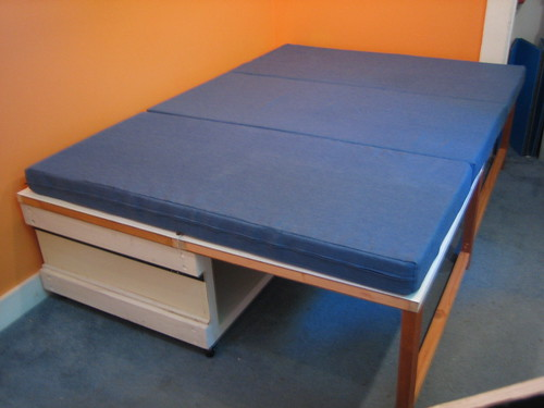 Folding Bed W Mattress Ta Da A Rollaway Folding Bed