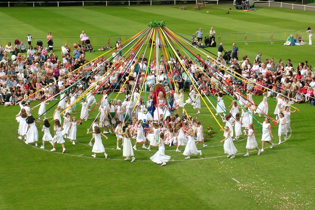 Bournville Maypole Step By Step The First Maypole Dance