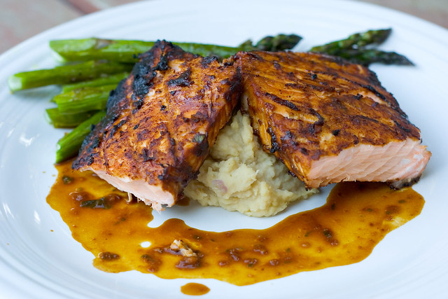 Grilled Miso-Ginger Salmon with White Bean Puree and Roasted Asparagus ...