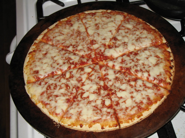 Safeway Select Cheese Pizza from Dominick's | Consumatron.com | Flickr