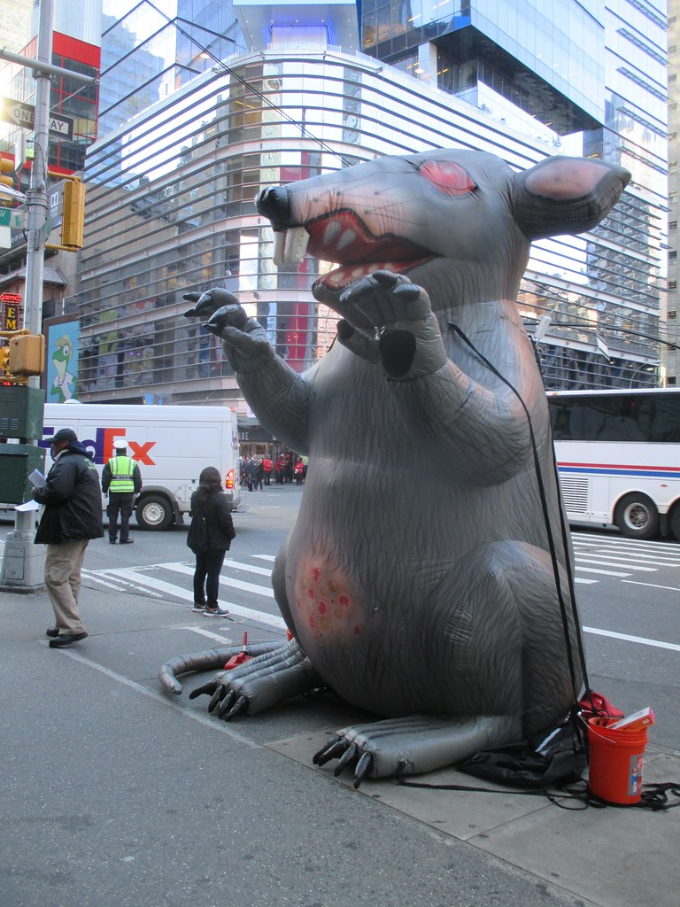 Strike Rat Balloon 42nd St Times Square 2015 Nyc 3744 Flickr