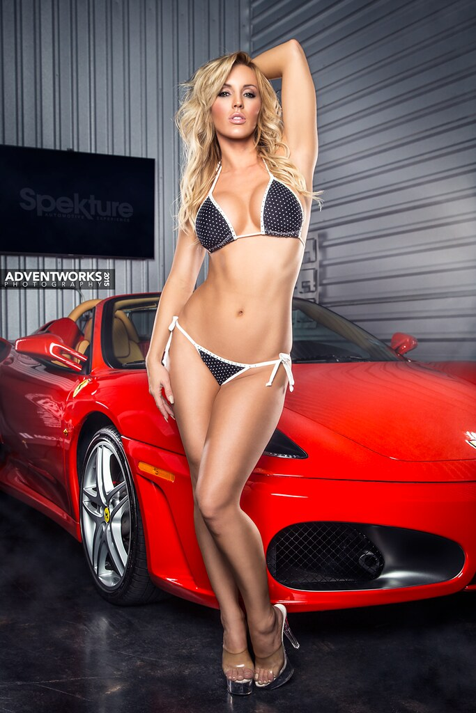Amanda Paris | Ferrari at Portresse | Alex Ventura | Flickr