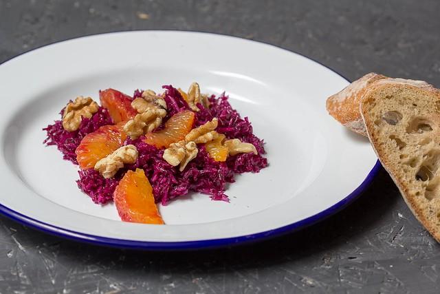 Rotkrautsalat mit Blutorangen via lunchforone