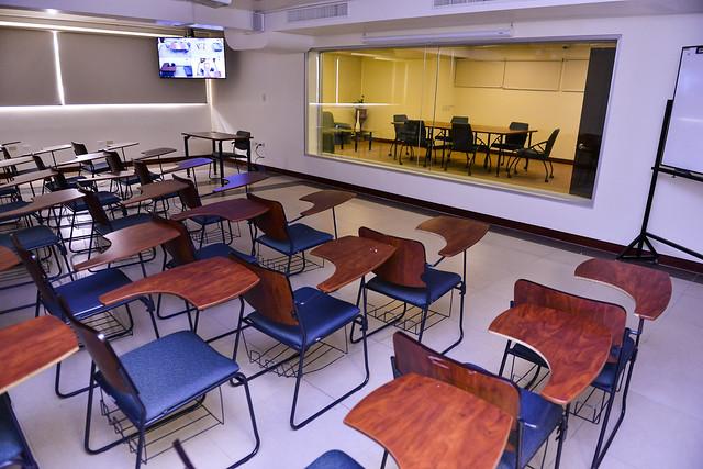 Inauguración de los laboratorios de psicología