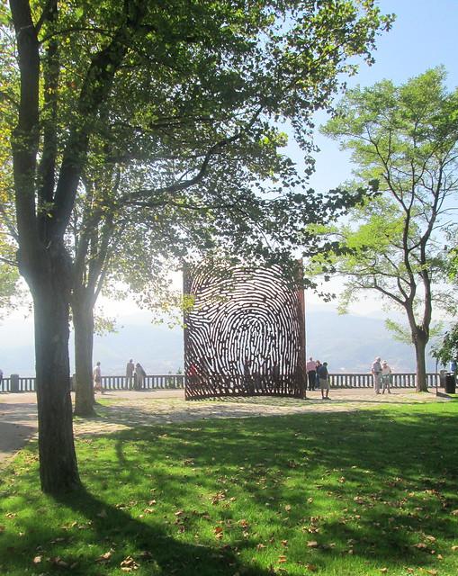 Fingerprint  Sculpture, Aretxbaleta Bidea