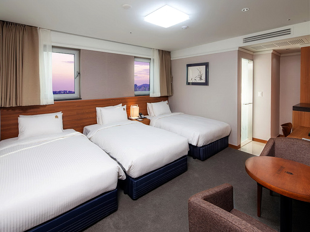 3 ibc hotel