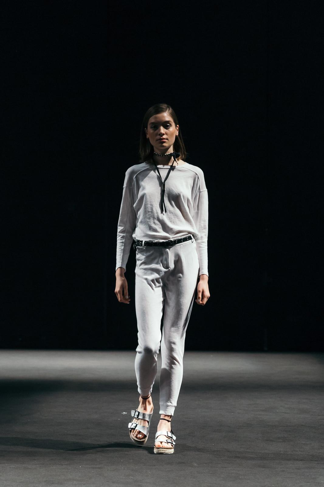 Jessie Chanes - Seams for a desire - 080 Bacelona Fashion #080bcnfasion -35