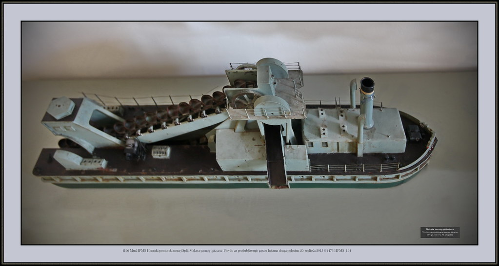 ... 2015 S 2473 HPMS_194 Gliboder Dradger Schwimmbagger Draga Flotante 4196  MuzHPMS Hrvatski pomorski muzej Split Maketa
