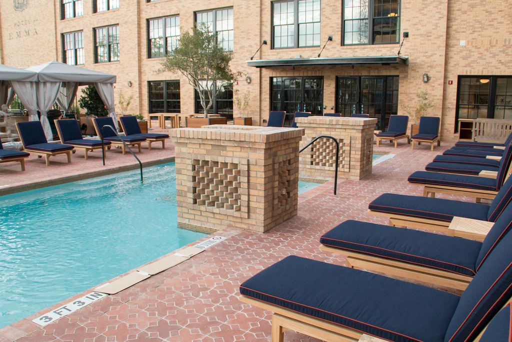 Permalink to Hotel With Pool In Room Chicago