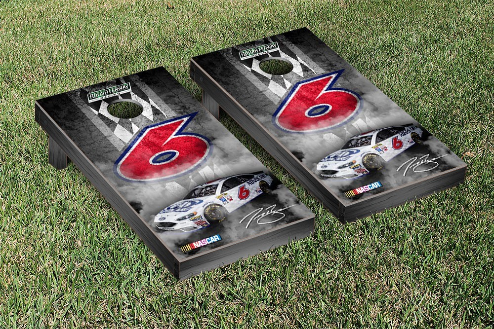 TREVOR BAYNE #6 CORNHOLE GAME SET CONCRETE VERSION